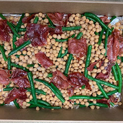Green pancetta and chickpea salad thumbnail