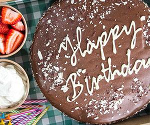 Birthday cake and balloon box thumbnail