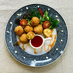 Mac and cheese balls - mini thumbnail