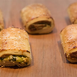 Gourmet spinach and ricotta roll - mini thumbnail