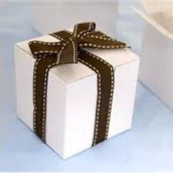 Individual white cube box with insert thumbnail