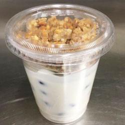 Greek yoghurt and muesli cup - 120 ml thumbnail