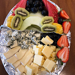 Cheese and fruit platter thumbnail