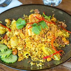 Pineapple fried rice thumbnail