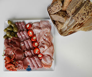 Cured meat antipasto platter thumbnail